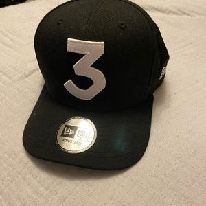 Selling my Chance the Rapper 3 hats,